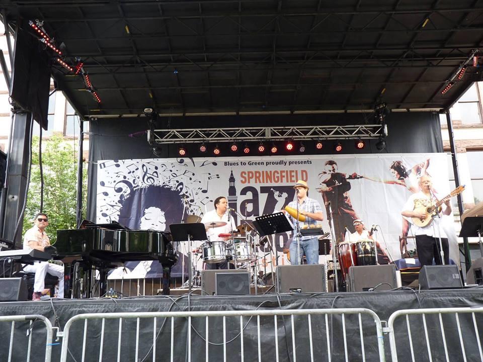 Jose Gonzalez Y Su banda Criolla